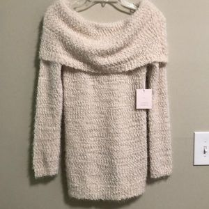 Fuzzy Sweater Lauren Conrad SZ S New with tags!